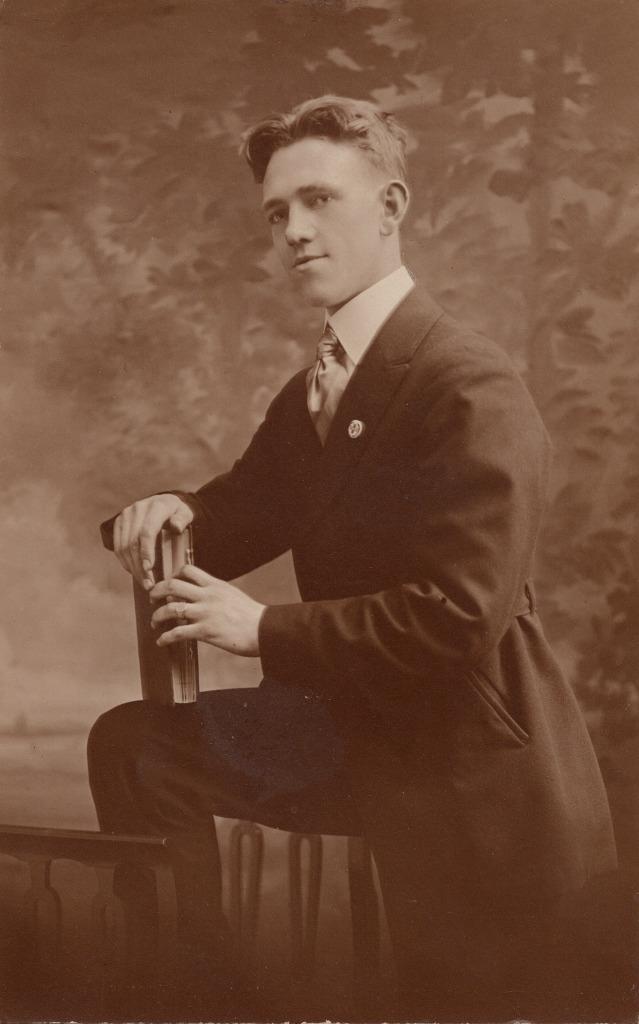 Harold Phillips - Before