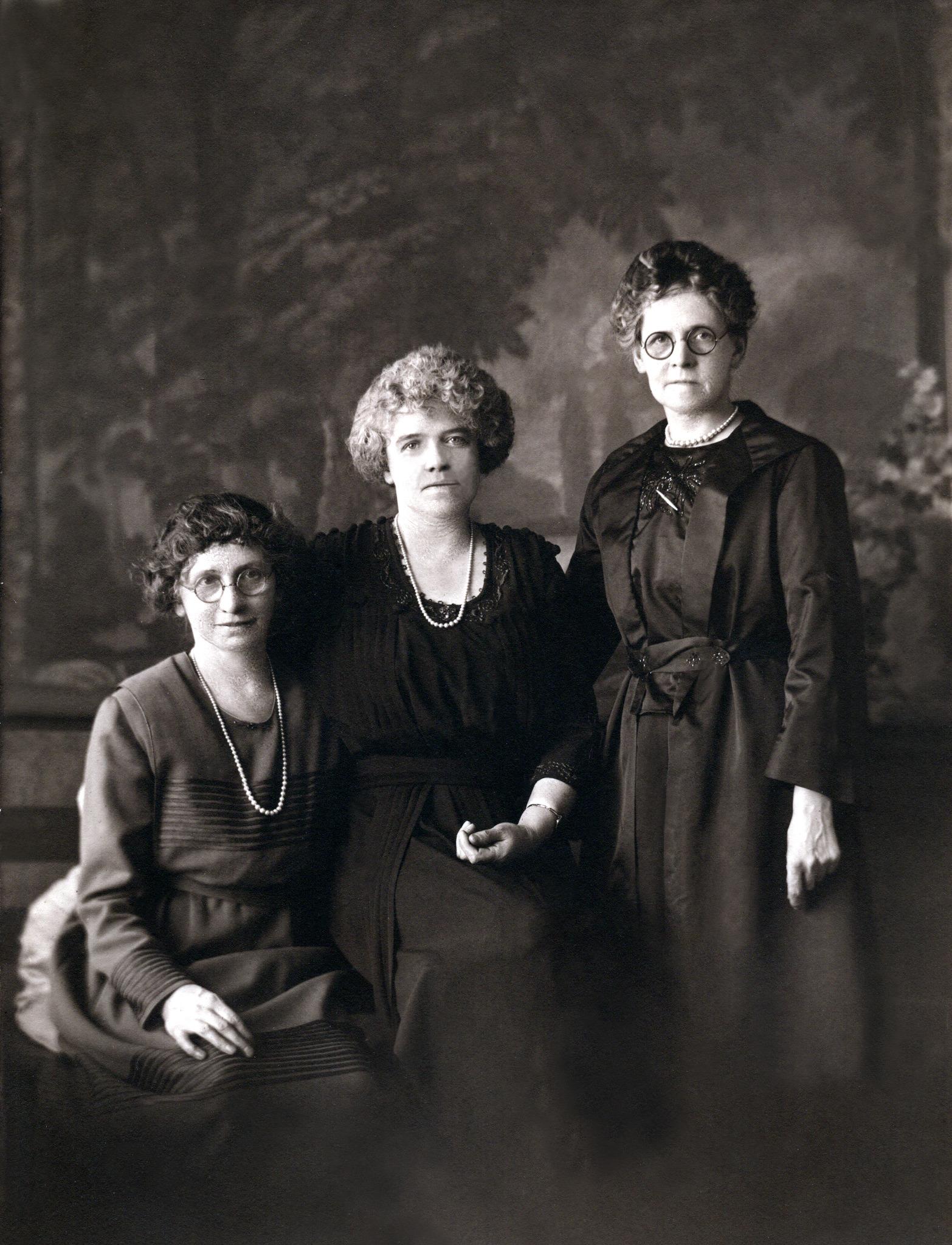 Martha, Jane & Annie Fletcher After