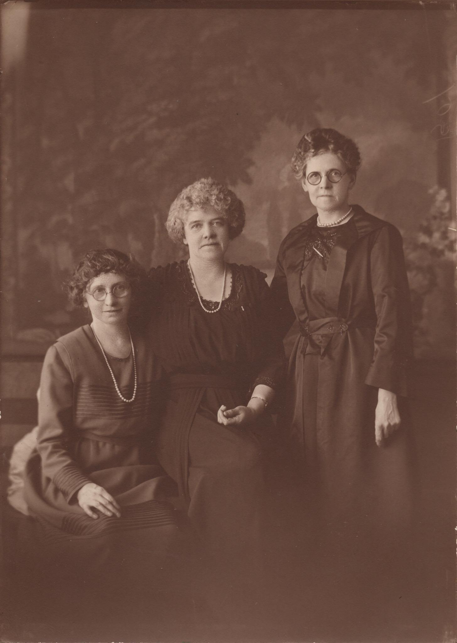 Martha, Jane & Annie Fletcher Before