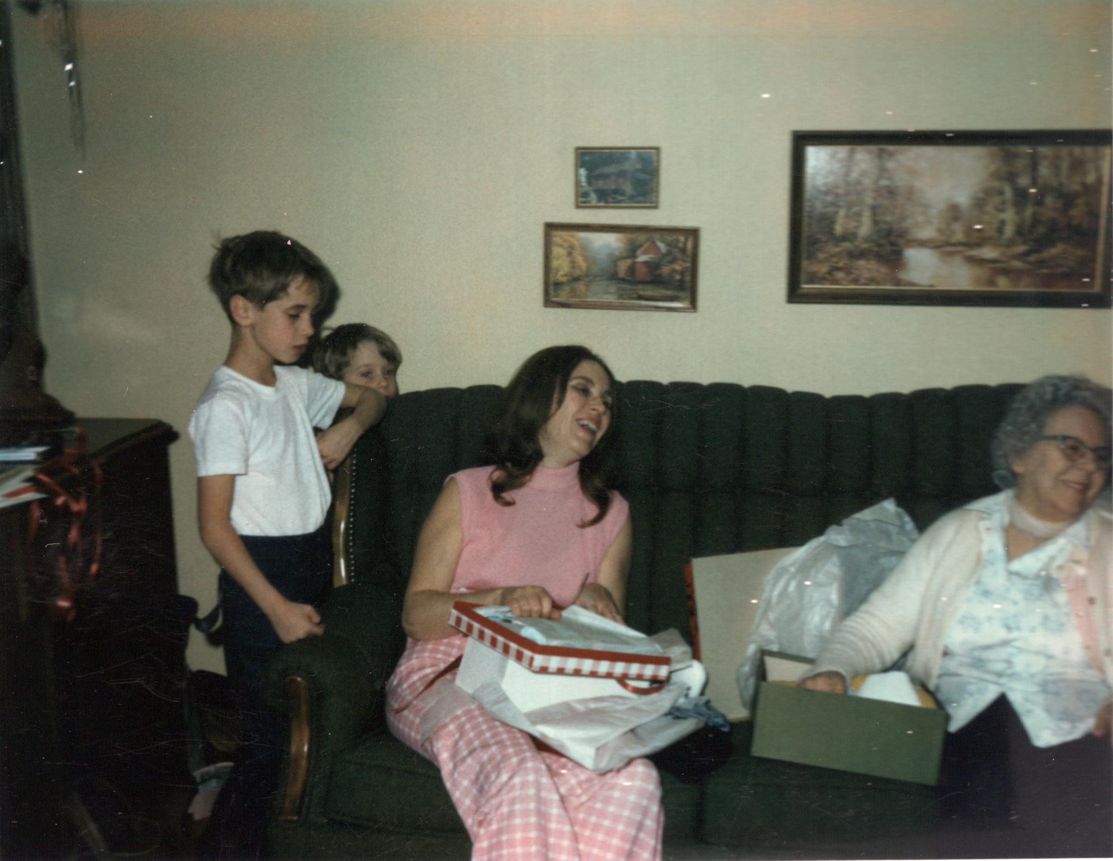 Roger, Ken, Mom & Gram