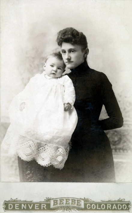 Elsie Hortense & May Johanna Kloninger 12-11-1890
