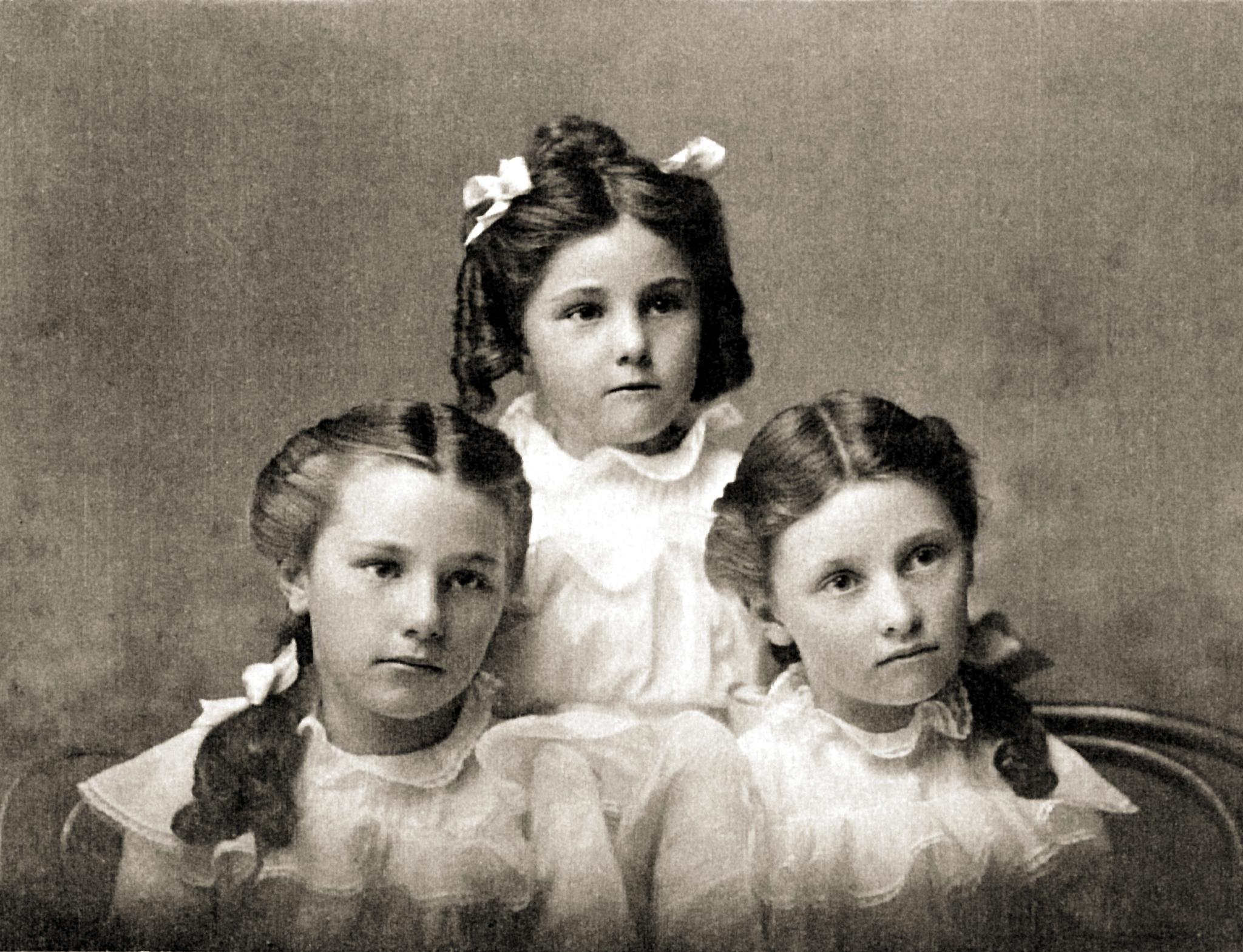 Elsie, May & Gladys Kloninger