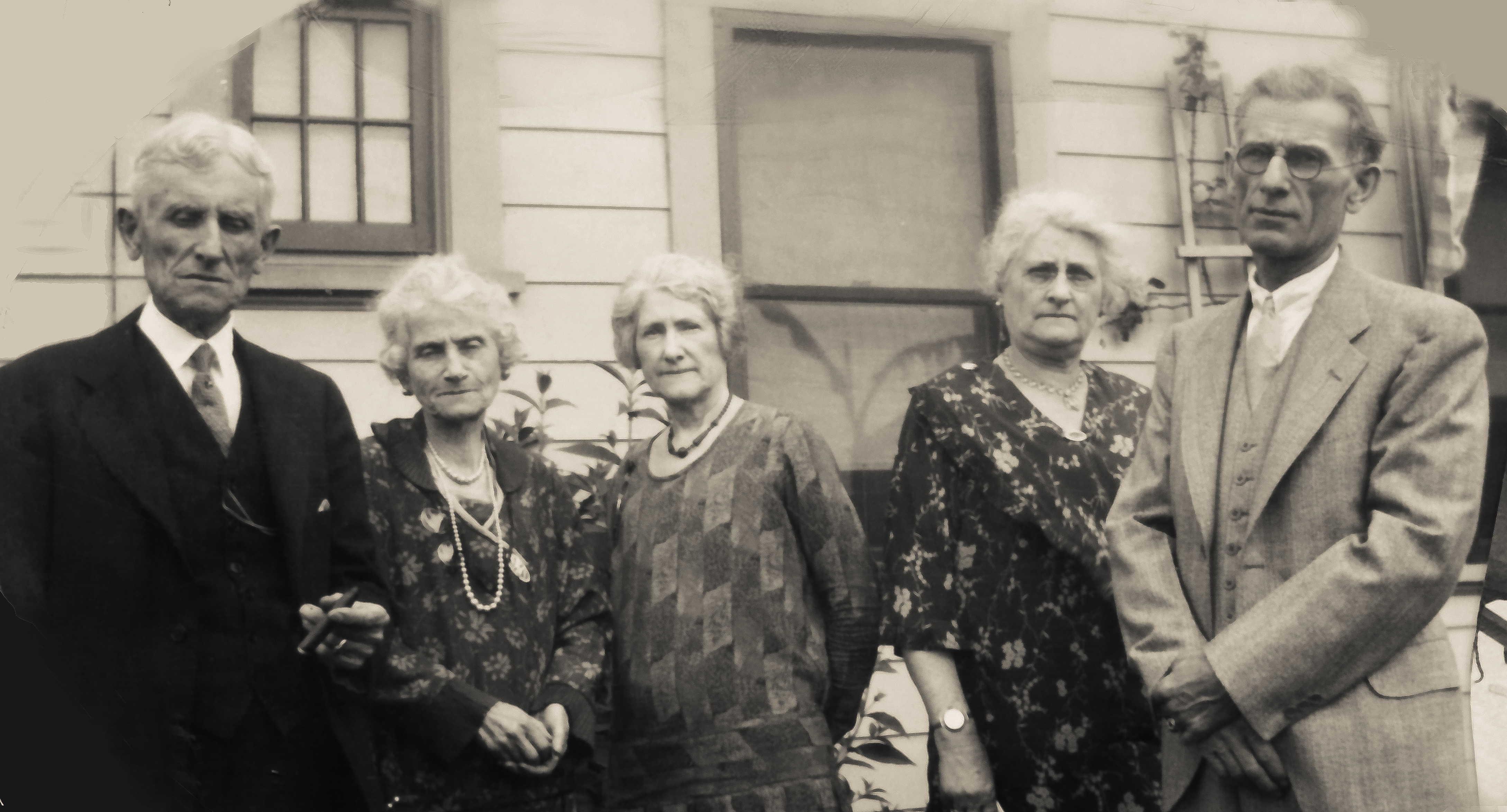 Will, Anna, May, Clara & George Hoffman
