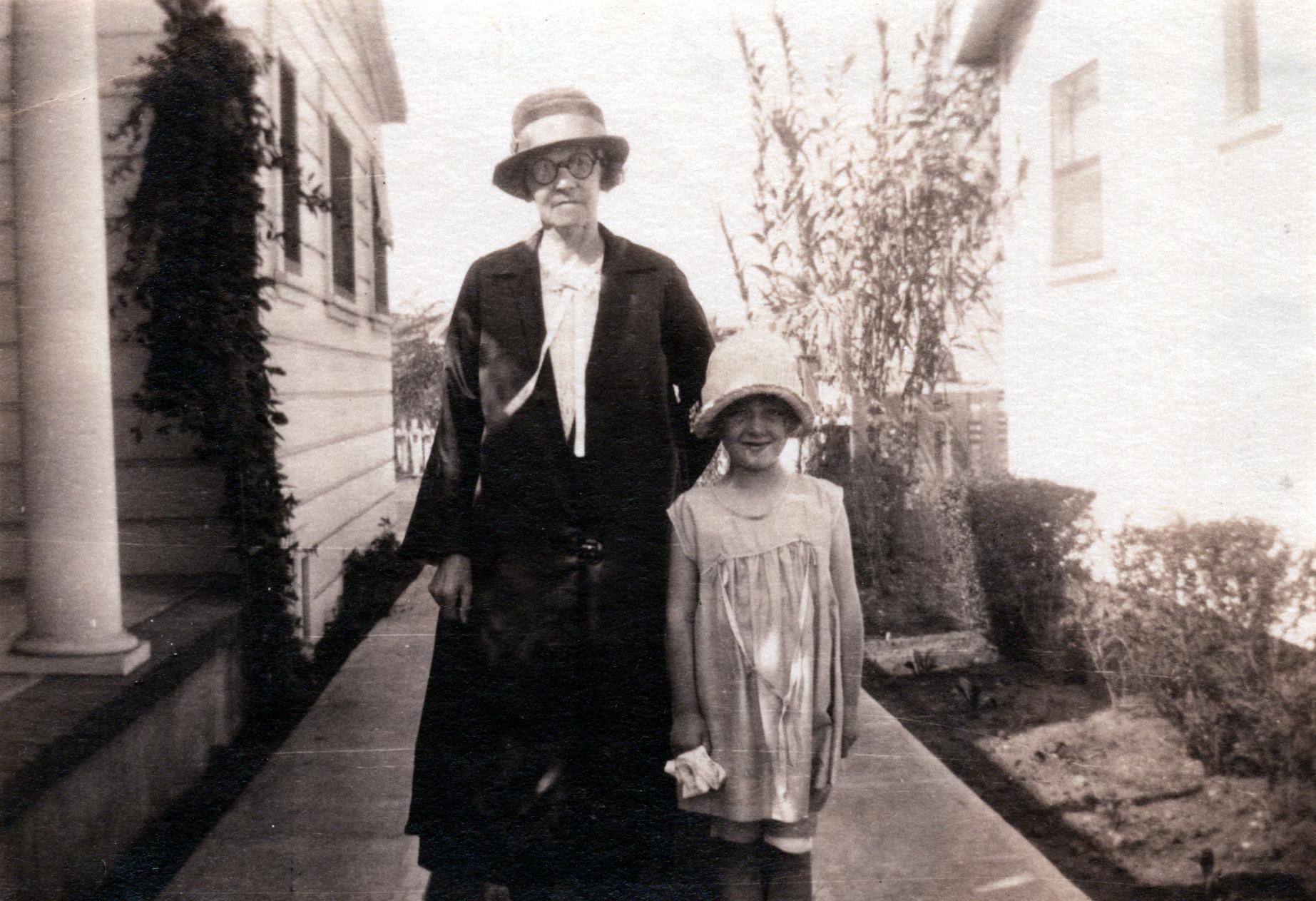 Annie (Mary Hannah Fletcher) & Shirley