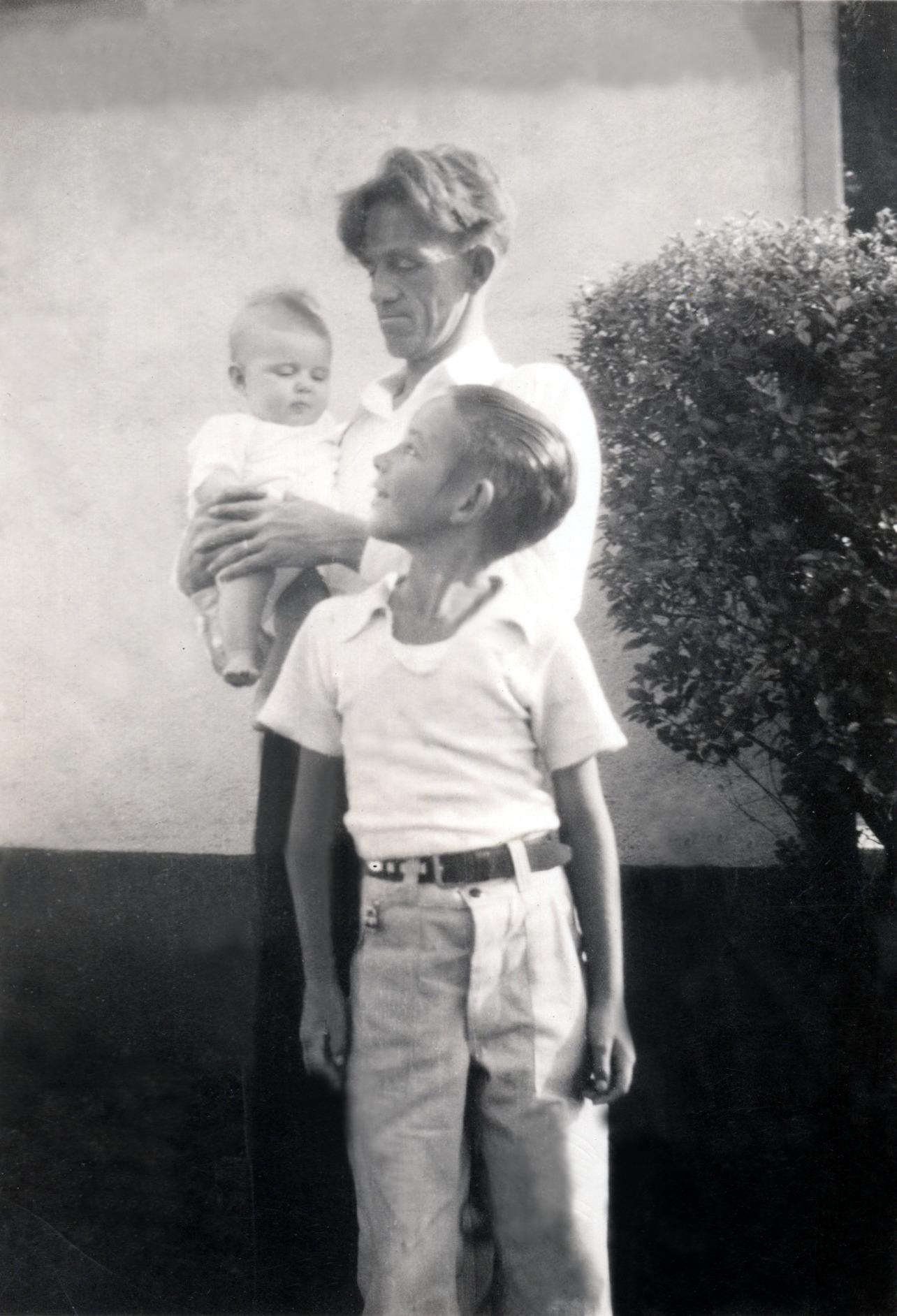 Darlene, Grandpa & Bob