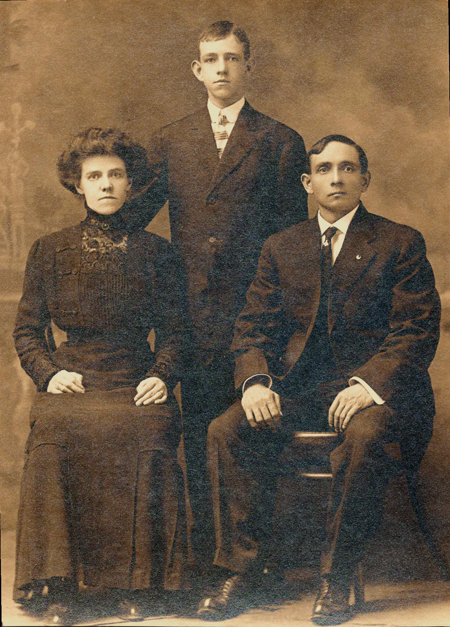 Jane, Harold & Henry Phillips