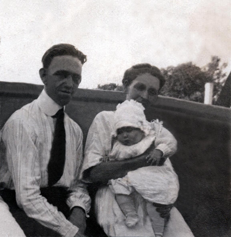 Harold, Jennie Whitehead & Shirley - 1920