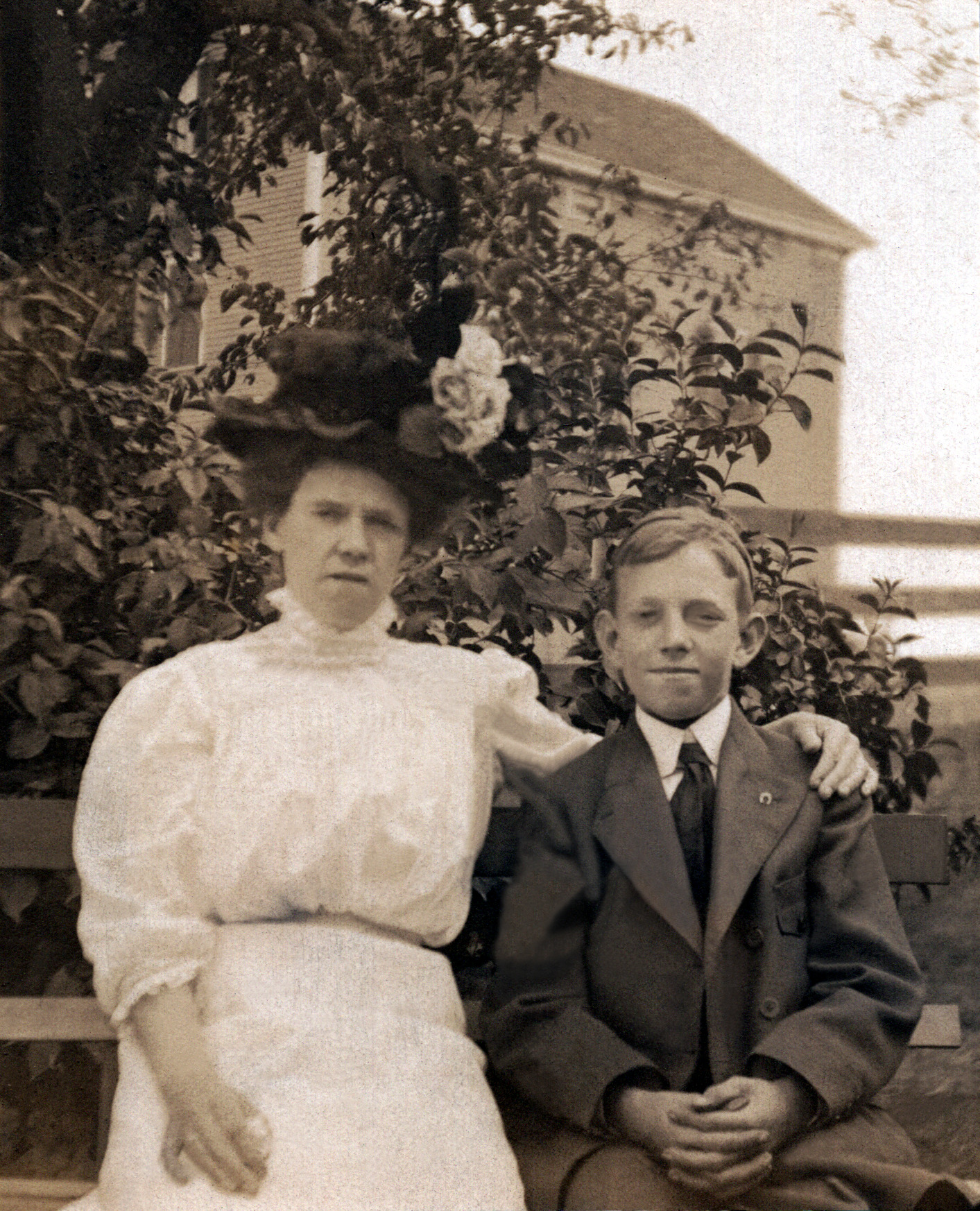 Jane & Harold Phillips Before Leaving England