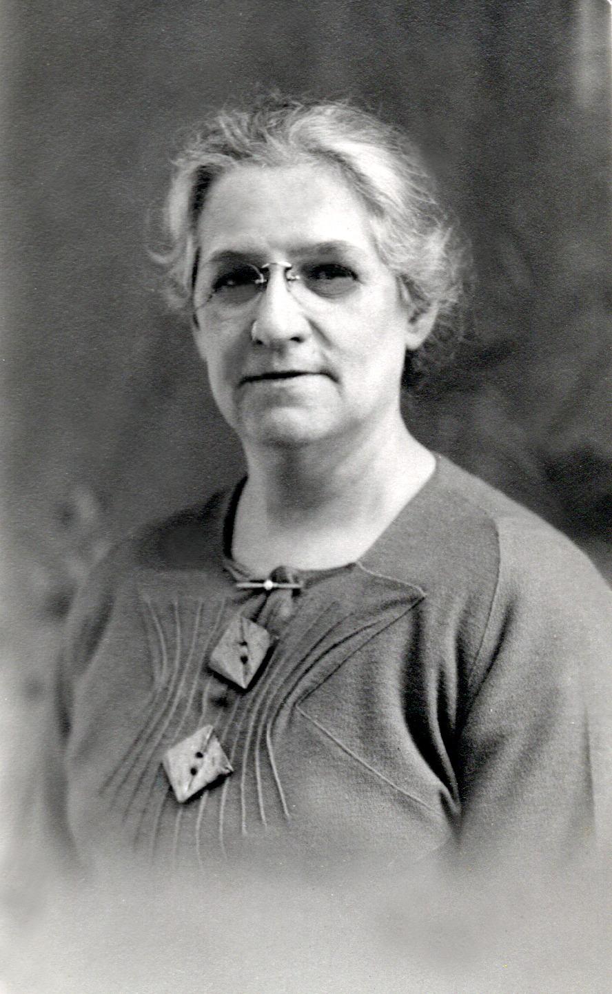 Nancy Fletcher Holdsworth