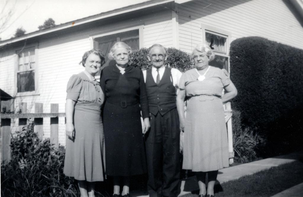 Phillips Grandparents & Great Aunt Annie
