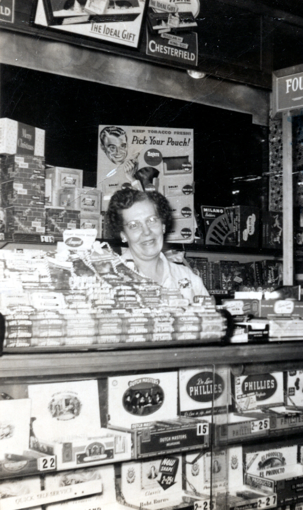 Ruth McGrath (Viola's Sister)