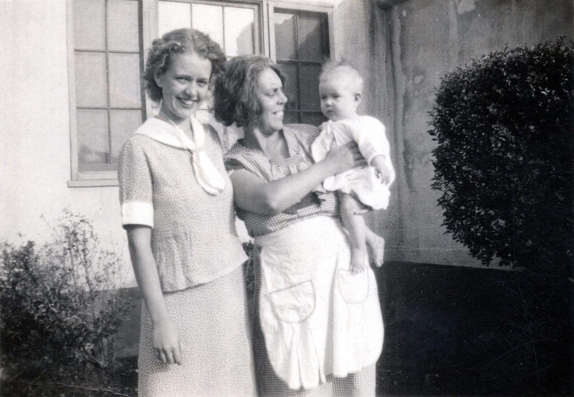Shirley, Viola & Darlene - 1936