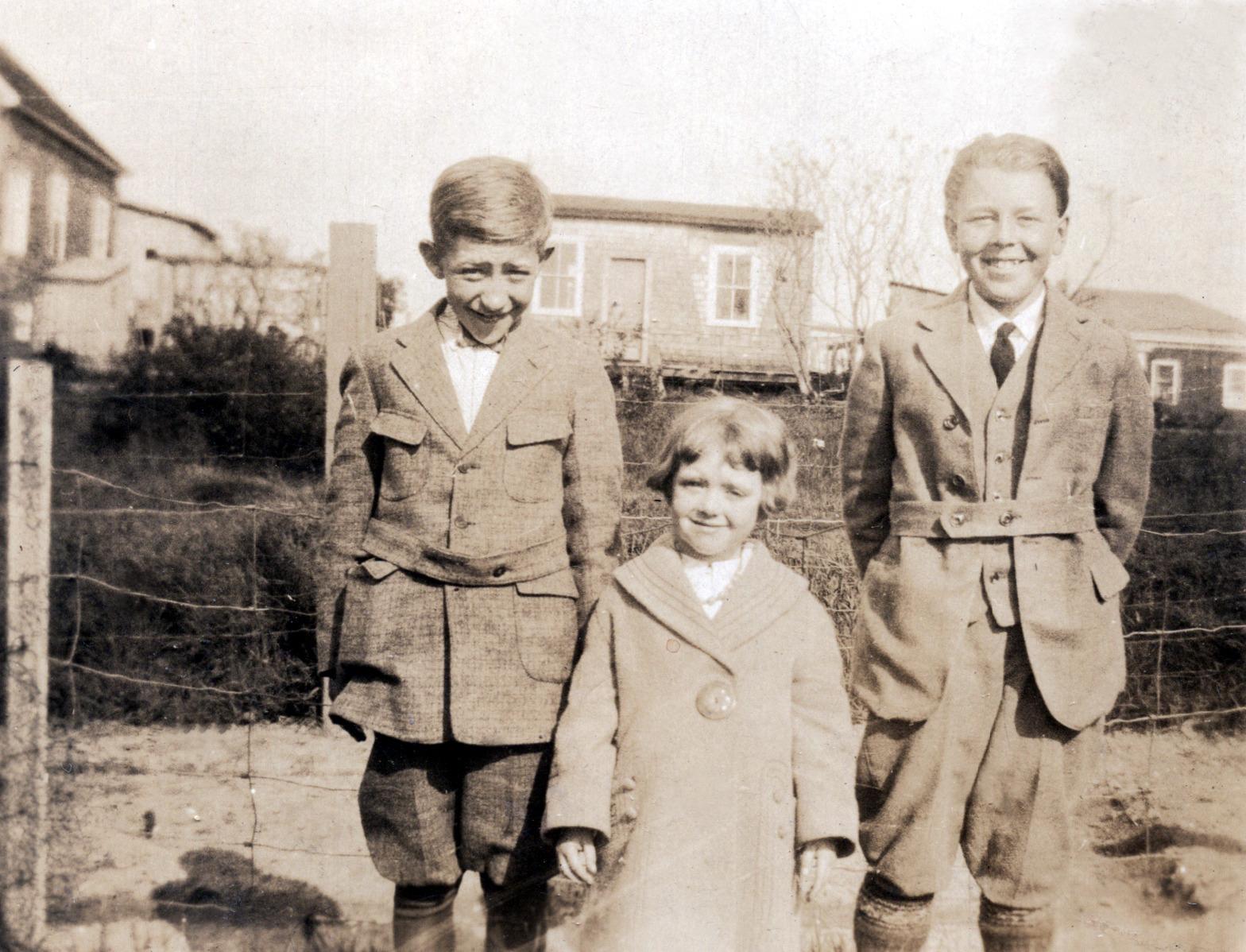 Shirley & Unknown Boys