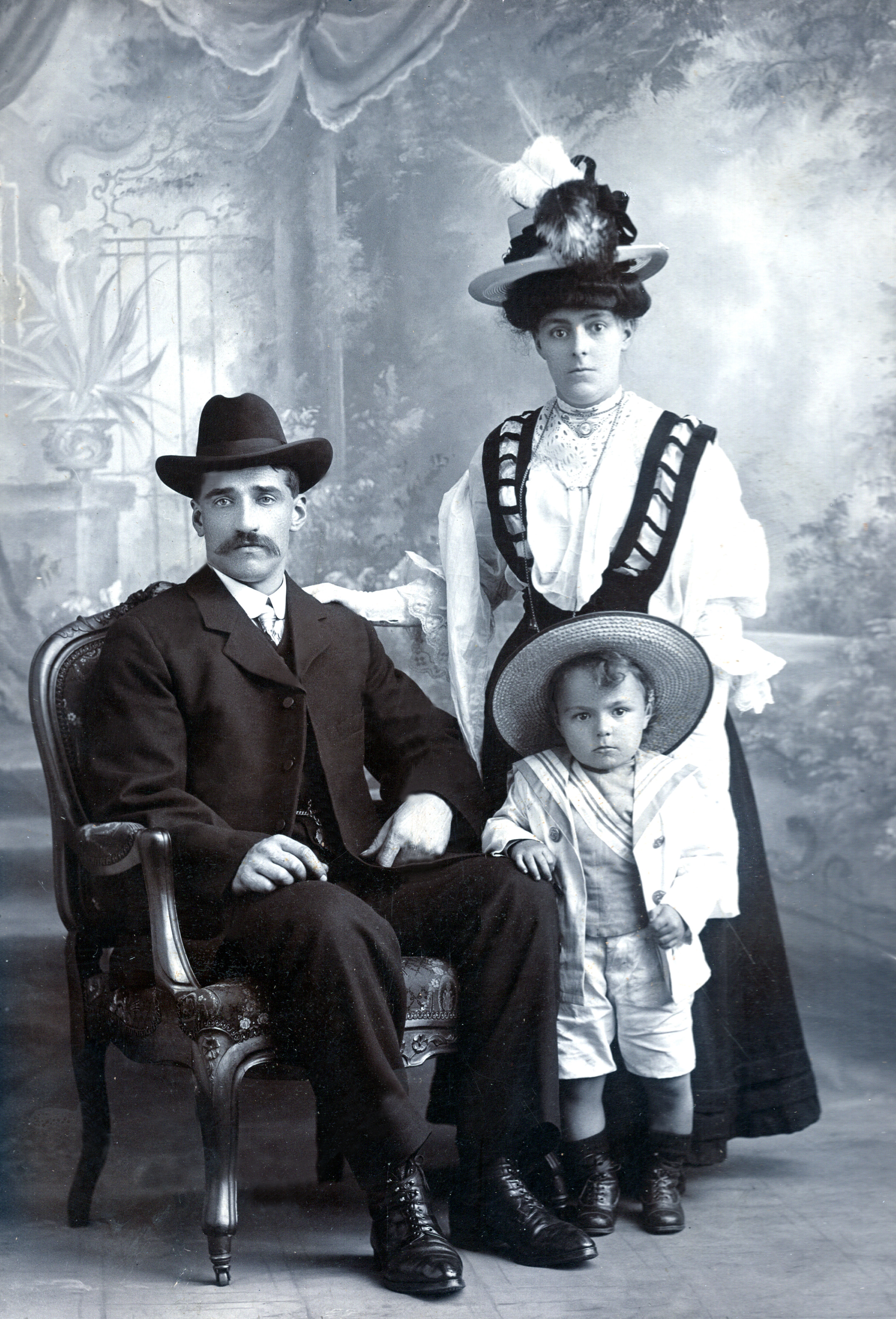Tom, Alice & Jack Fletcher (Burnley Lancashire, England)