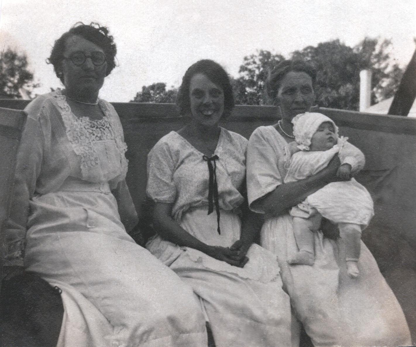 Unknown, Viola, Jennie (Viola's Mother) & Shirley - 1920