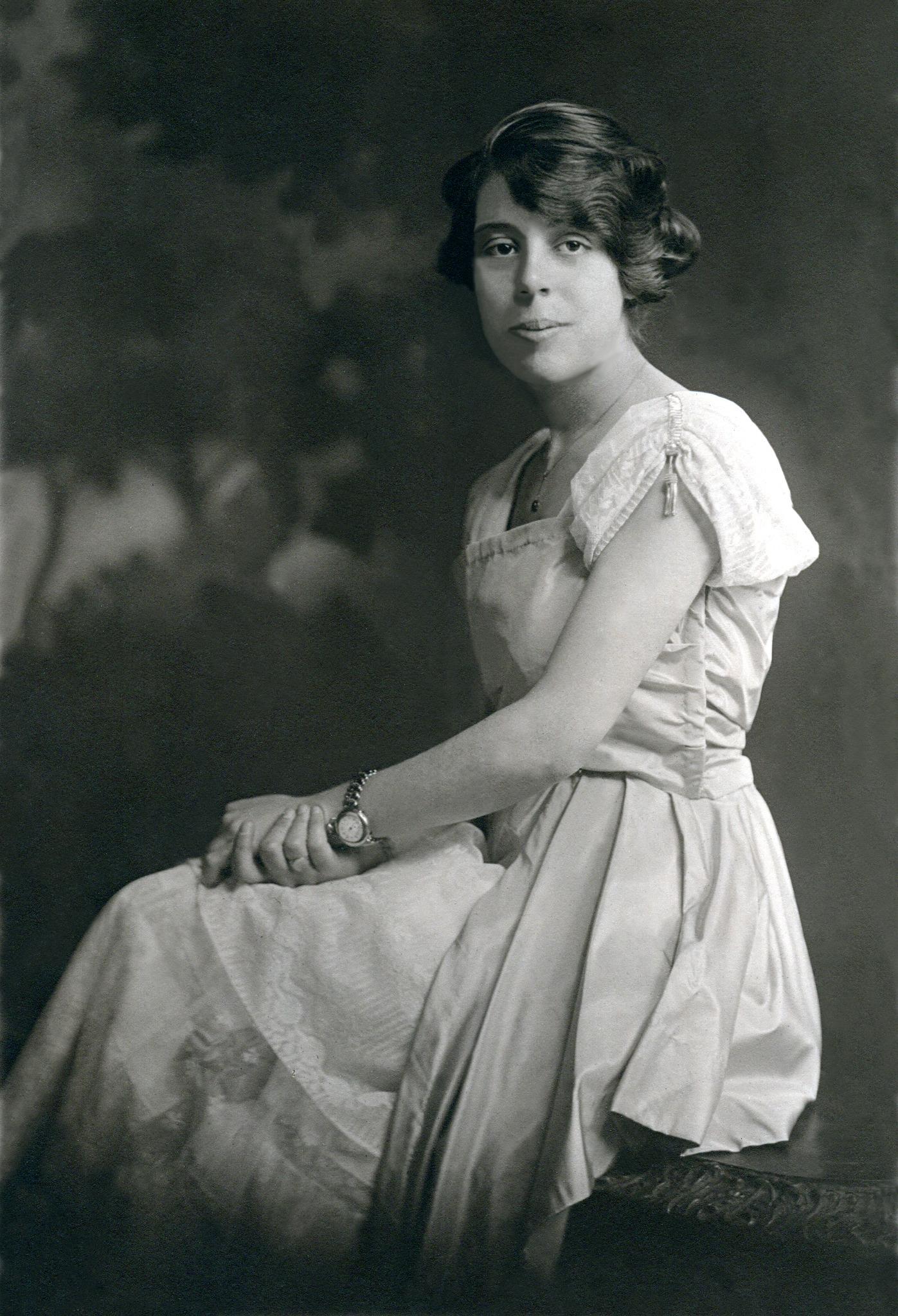 Viola Whitehead 1897-1982
