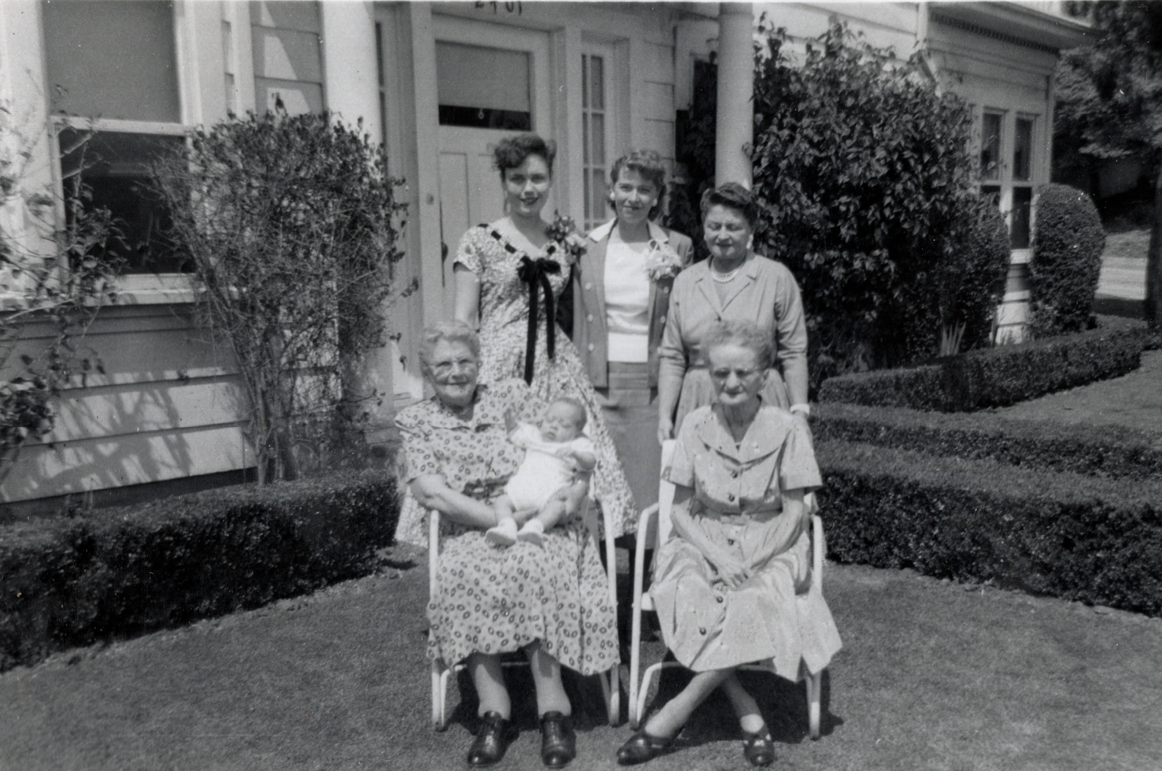 Buddy with 5 Generations of Women