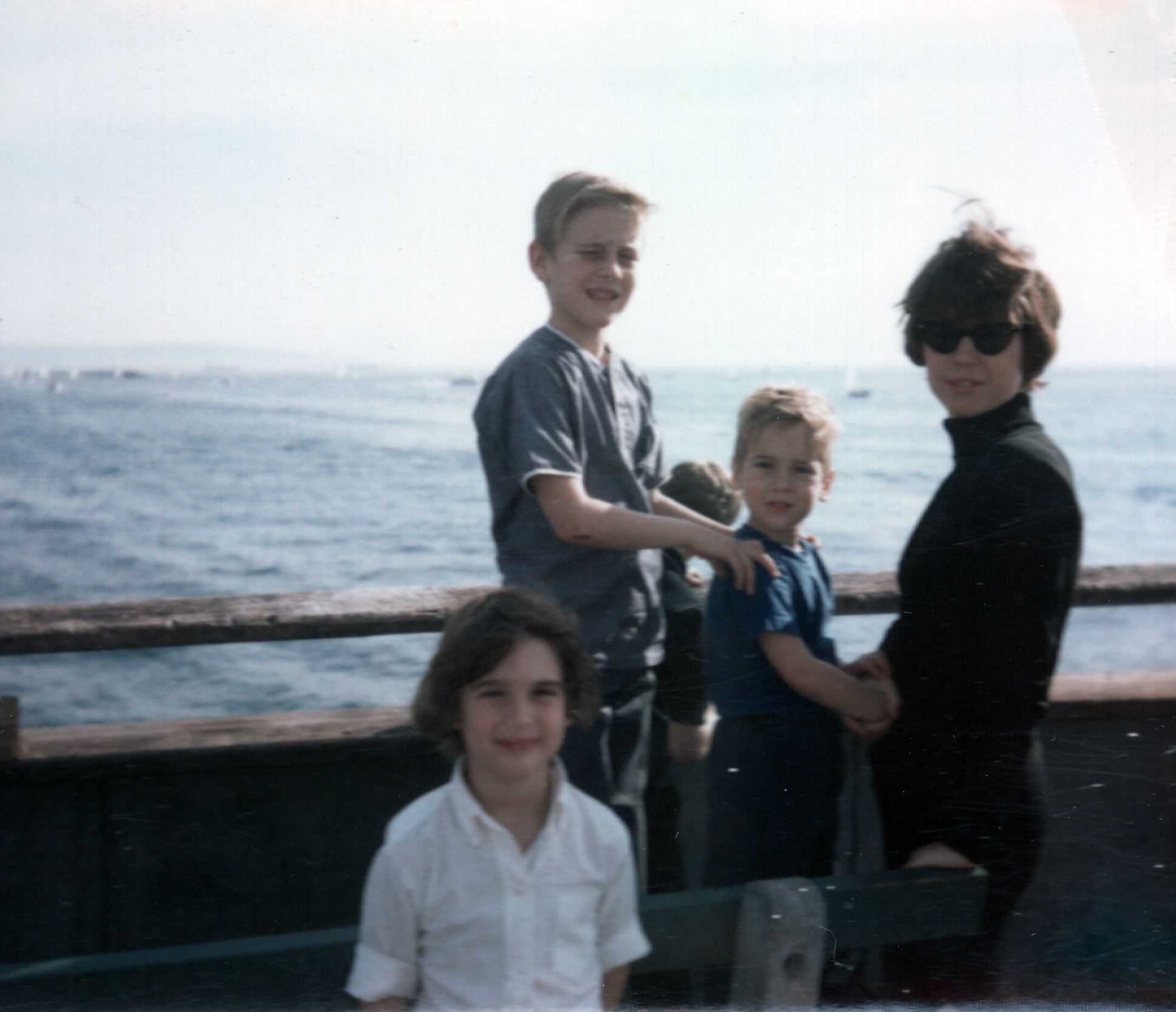 Kim, Terry, Roger & Mom on the Pier